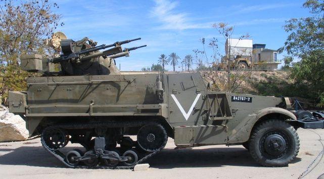 1280px-M3-halftrack-TCM-20-hatzerim-2-2